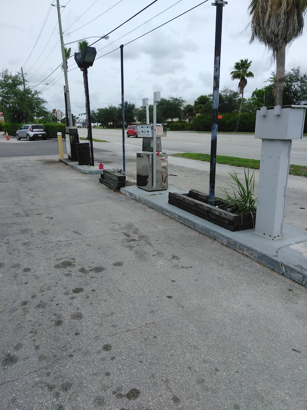 public cng station